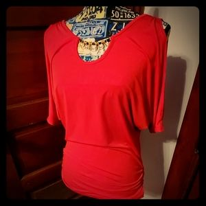 🔥Gorgeous Red Open Shoulder Blouse🔥